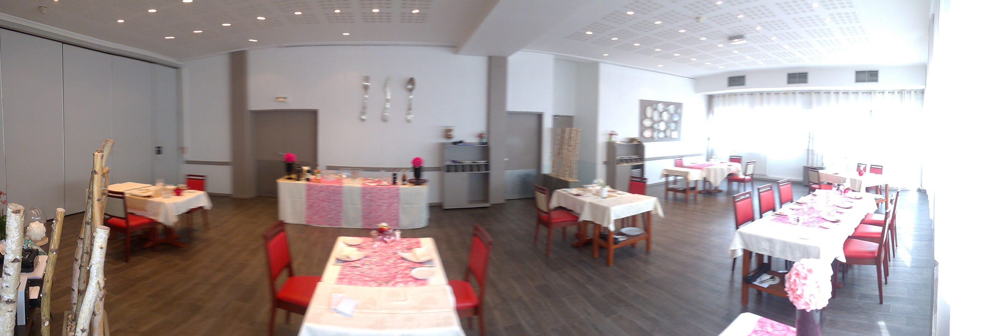 """"""" La Table d'Hélène """""""